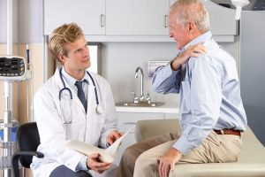 Six tips for choosing the best orthopedic surgeon